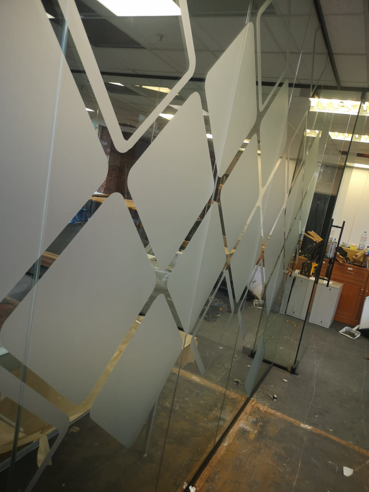glass partition vinyl